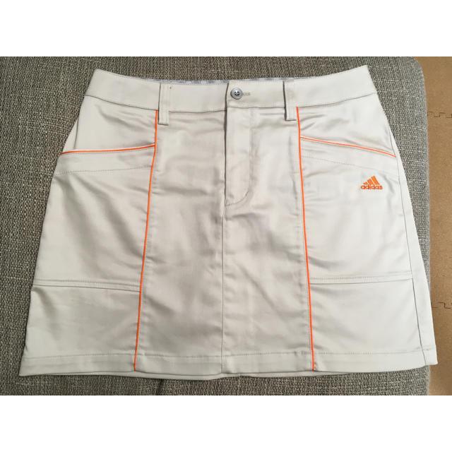 adidas(アディダス)のアディダス ゴルフ スカート M ベージュ スポーツ/アウトドアのゴルフ(ウエア)の商品写真