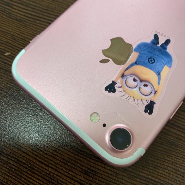 iPhone(アイフォーン)のiPhone7 128【5580】 スマホ/家電/カメラのスマートフォン/携帯電話(スマートフォン本体)の商品写真