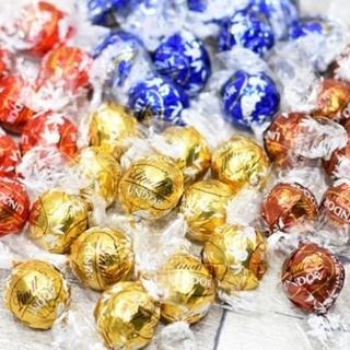 ★ヨーロッパ土産 大人気★リンツリンドール アソート4フレーバー 約300g(菓子/デザート)