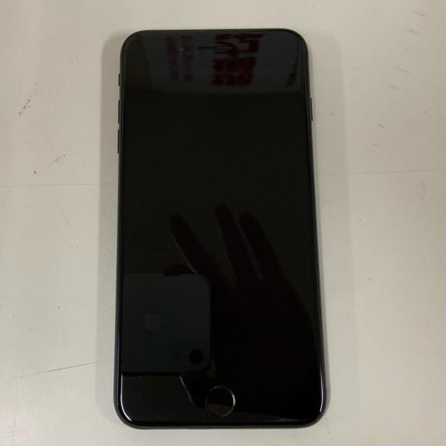 Apple(アップル)のiPhone7 plus スマホ/家電/カメラのスマートフォン/携帯電話(スマートフォン本体)の商品写真