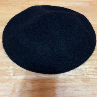 ジーユー(GU)のGU ジーユー ベレー帽 ブラック 美品(ハンチング/ベレー帽)