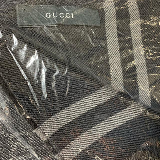 Gucci - GUCCI マフラー メンズ