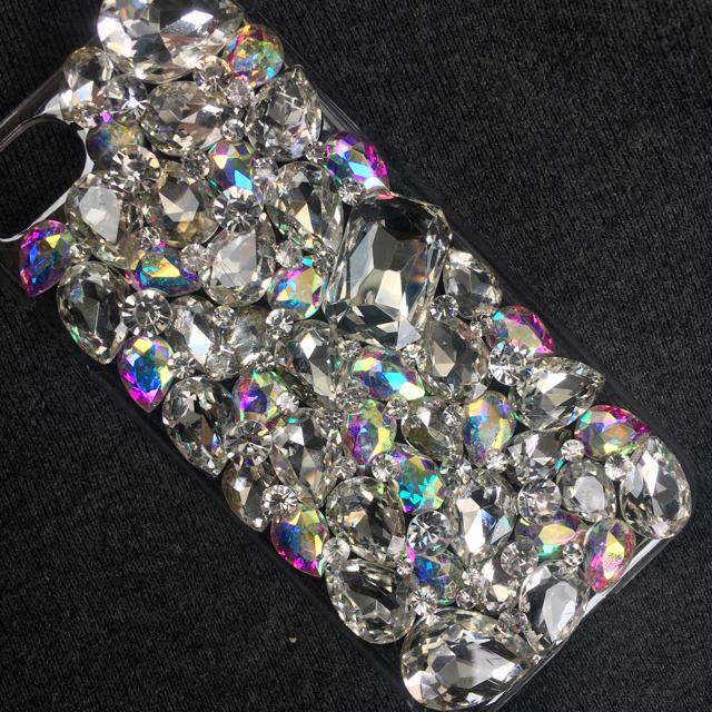 iphone7 ケース サンリオ | キラキラガラスビジュー アイフォンケースカバースマホスワロなしの通販 by デコショップ  雅|ラクマ
