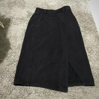 ジーユー(GU)の美品 ブラックデニム スカート ミディアム デニム カジュアル GU ジーユー(ひざ丈スカート)