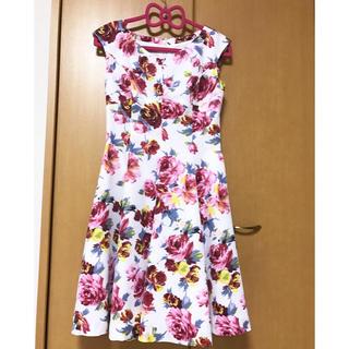 アンドクチュール(And Couture)のアンドクチュール 花柄ワンピース ピンク 38(ひざ丈ワンピース)