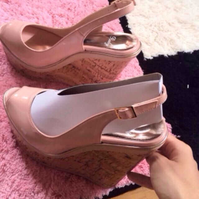 Rady(レディー)のrady✳︎新品 M サンダル レディースの靴/シューズ(ハイヒール/パンプス)の商品写真
