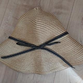 バーニーズニューヨーク(BARNEYS NEW YORK)の美品 アシーナニューヨーク ラフィア 帽子(麦わら帽子/ストローハット)