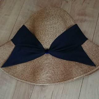 バーニーズニューヨーク(BARNEYS NEW YORK)のアシーナニューヨーク リサコ ラフィア 帽子 ネイビー(ハット)