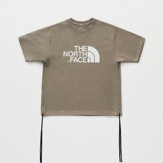 ナイキ(NIKE)の新品 ノースフェイス  ハイク Tシャツ ベージュ タン レディースコラボ (Tシャツ(半袖/袖なし))
