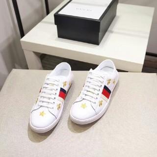 グッチ(Gucci)のグッチGUCCI フラットシューズ 靴 カジュアルシューズ デッキシューズ 蜜蜂(デッキシューズ)