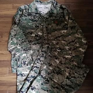おまけ2個つき新品サバゲー戦闘服 ズボン ジャケット上下(戦闘服)