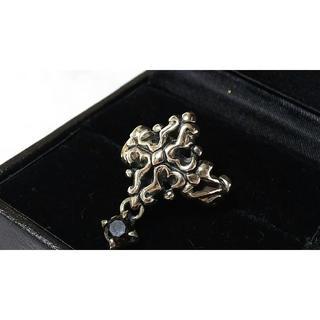 ジゴロウ(GIGOR)の正規限定 ジゴロウ×ダーツ ゴシッククロスリング 9号 オニキスチャームSV指輪(リング(指輪))
