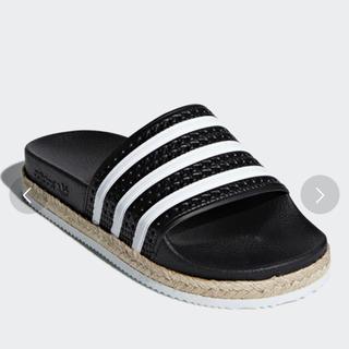 アディダス(adidas)の半額以下!アディダスサンダル(サンダル)