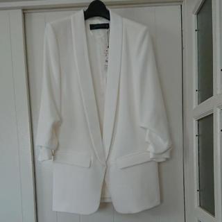 ザラ(ZARA)のザラ 定番 ホワイト ジャケット 入学式 入園式に(テーラードジャケット)