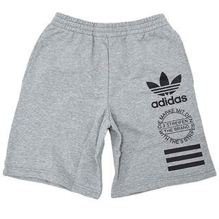 アディダス(adidas)のadidas 半ズボン(ショートパンツ)