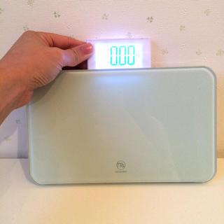 MAQUINOの体重計、VERRETTE(体重計)