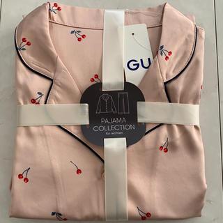 ジーユー(GU)のGU ジーユー サテン チェリー柄 パジャマ L 新品 ピンク(パジャマ)