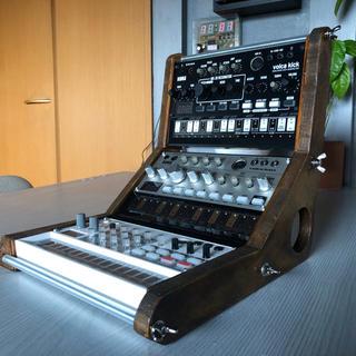 KORG VOLCAシリーズ用三段組木製ミニスタジオになるラック(音源モジュール)