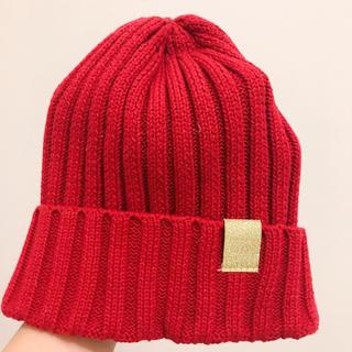 ジーユー(GU)のGU 赤ニット(ニット帽/ビーニー)