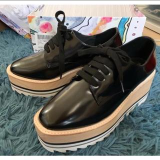 ジェフリーキャンベル(JEFFREY CAMPBELL)の新品未使用 Jeffrey Campbell シャークソール ローファー(ローファー/革靴)