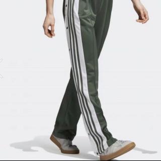 アディダス(adidas)のadidas ジャージ トラックスパンツ(カジュアルパンツ)