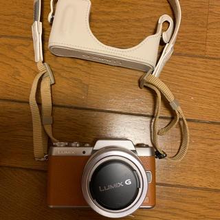 パナソニック(Panasonic)のlumix gf7☆ブラウン(別売りケース付き)(ミラーレス一眼)