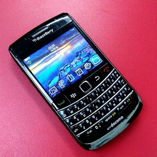NTTdocomo - BlackBerry Bold 9700 docomo