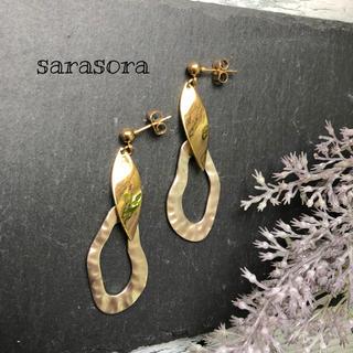 355 gold drop earrings(ピアス)