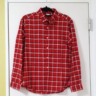 ジーユー(GU)のGU 赤 長袖 チェックシャツ(シャツ)