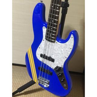 フェンダー(Fender)のSquier SCANDAL TOMOMI Jazz Bass 美品(エレキベース)
