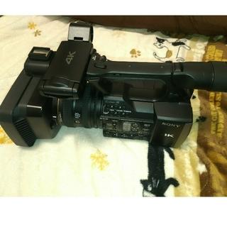 ソニー(SONY)の【本体のみ】SONY Handycam FDR-AX1 4K60Pビデオカメラ(ビデオカメラ)
