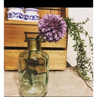 ガラスフラワーベース(花瓶)