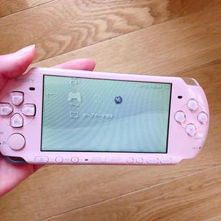 プレイステーションポータブル(PlayStation Portable)のPSP 3000 本体  ピンク(携帯用ゲーム本体)