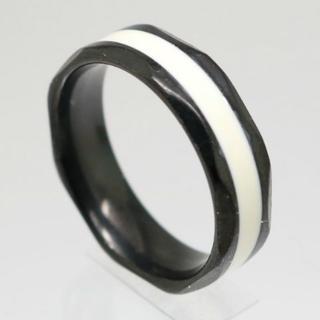 ホワイトラインブラックステンレスリング 25号 新品(リング(指輪))