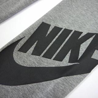 ナイキ(NIKE)のナイキ[Nike]レガシークロップレギンス クロップ丈 ロゴタイツグレー (クロップドパンツ)