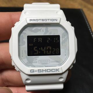 ジーショック(G-SHOCK)のG-SHOCK×AKM ホワイト 腕時計(その他)