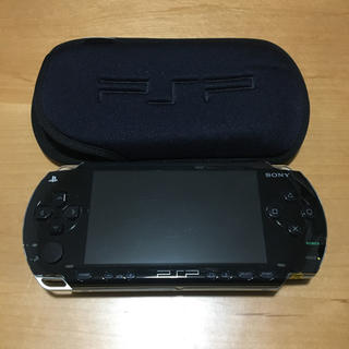プレイステーション(PlayStation)のクラネ様専用  PSP本体+ゲームソフト2つ+ケーブルSET☆(携帯用ゲーム本体)