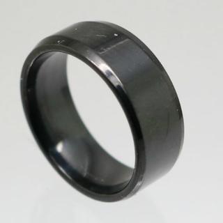 シンプルステンレスリング ブラック 26号 新品 クリックポスト送料無料(リング(指輪))
