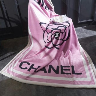 シャネル(CHANEL)のchanelブランケット☆厚手☆毛布☆カシミア混★寝具(毛布)