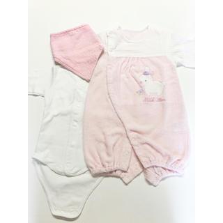 アカチャンホンポ(アカチャンホンポ)の赤ちゃん本舗女の子ロンパース&日本製無地白ロンパース肌着&新品スタイよだれ掛け(ロンパース)