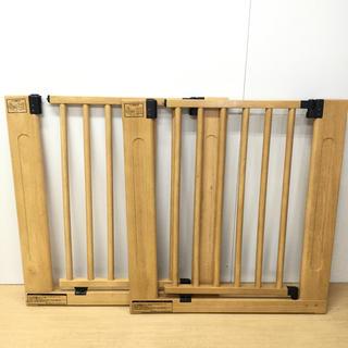 グランドール(GRANDEUR)の2台セット!グランドール☆木製オートマチックゲート 取付幅76〜86㎝(ベビーフェンス/ゲート)