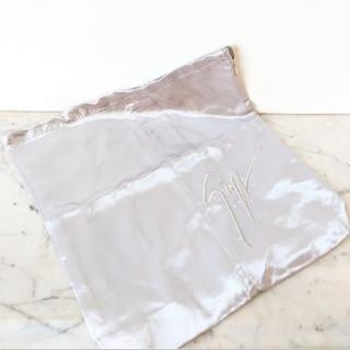 ジュゼッペザノッティ(GIUZEPPE ZANOTTI)の【新品】ジュゼッペ ザノッティ シューズバッグ 保存袋 シューケース(その他)