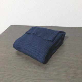 ジーユー(GU)の新品未使用 GU タートルネックセーター(ニット/セーター)
