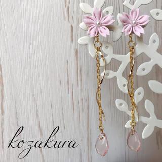 桜つまみ細工のロングピアスorイヤリング(ピアス)