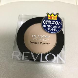 レブロン(REVLON)の新品 定価1944円 レブロン パウダーファンデーション(ファンデーション)
