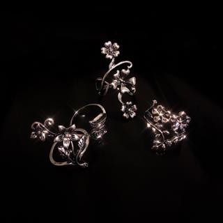 🥀 Vintage Silver Flowers rings(リング(指輪))