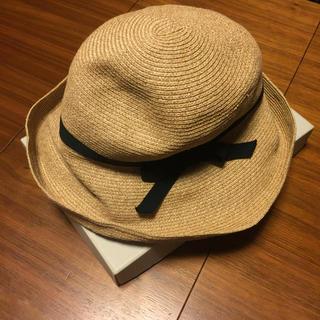 ミナペルホネン(mina perhonen)のマチュアーハ  BOXED HAT 11㎝ ブラックリボン(麦わら帽子/ストローハット)