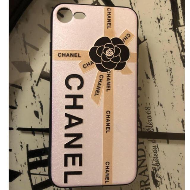 burch iphone7 ケース 安い | CHANEL - カメリア ロゴ リボン 新品iPhone7.8対応 ラバーカバー 新品 ホワイトの通販 by ※プロフィール必読 |シャネルならラクマ