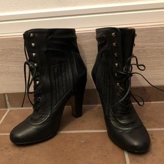 ジルスチュアート(JILLSTUART)の美品 ジルスチュアート ショートブーツ  23  ブランド 黒 ブラック グッチ(ブーツ)