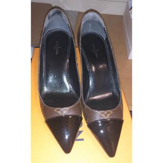 ルイヴィトン(LOUIS VUITTON)のヴィトン 靴 新品同様 35 1/2(ハイヒール/パンプス)